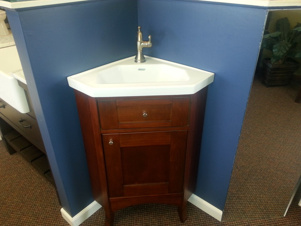Sink and vanity ideas for a small bathroom for Bathroom vanity sink ideas
