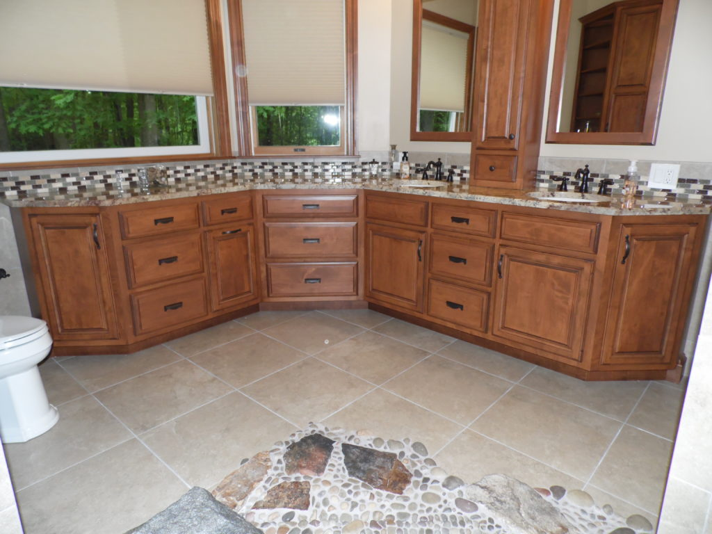custom made bathroom cabinets in thompsontown, pennsylvania